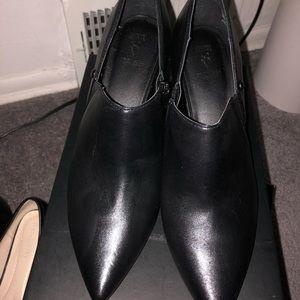Size 8 Vera Wang Booties